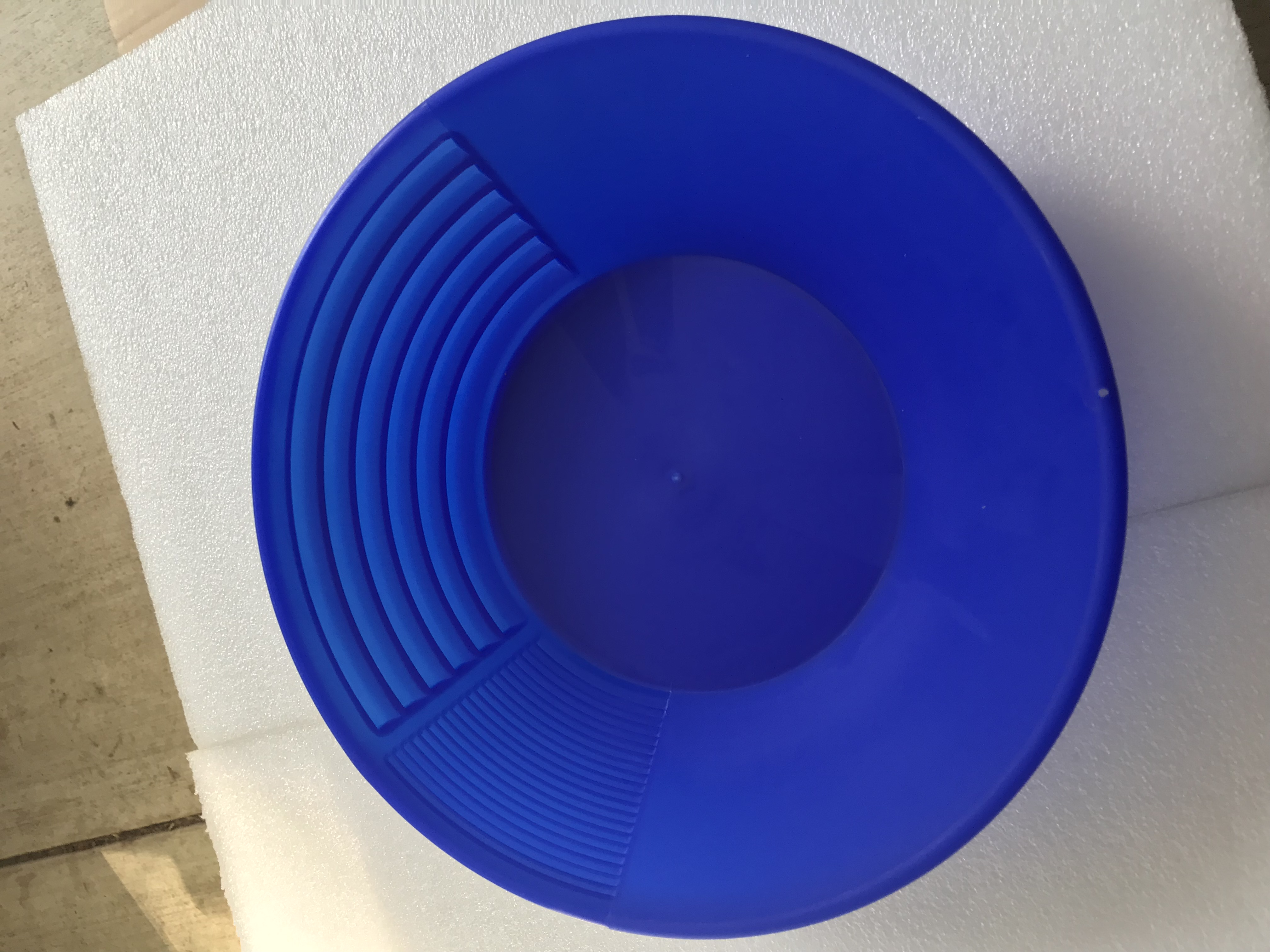 "Gold Pan Blue (12"")"